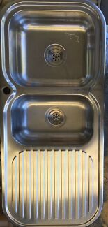 Sink  Stainless steel 1 & half bowl