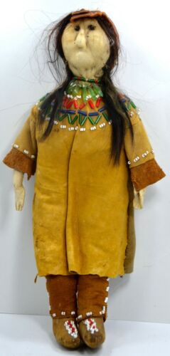Antique Native American Doll, Sioux Plains Indian