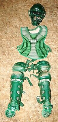 EASTON BASEBALL CATCHERS GEAR GREEN AGES 12-15 HELMET CHEST LEG SHIN          (B