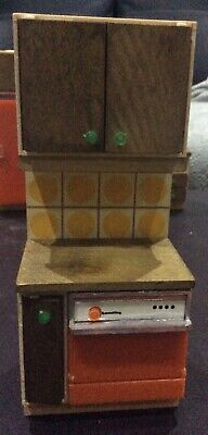 Vintage LUNDBY Dolls House Furniture - Yellow Tile / Wooden door sink Unit