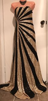 Juliette Black & Gold strapless sequence Gown Sz 10 New w tags
