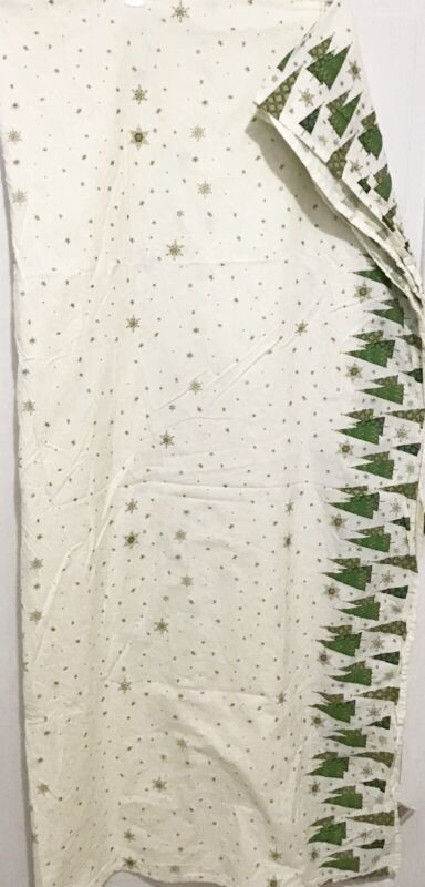 "Christmas Tablecloth Martha Stewart Everyday  2007  Rectangle 111"" x 57"