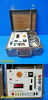 Dynatech Nevada Pei 2000b Digital Safety Analyzer W Carrying Case 20573