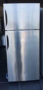 420 LT Electrolux Fridge & Freezer Edmondson Park Liverpool Area Preview