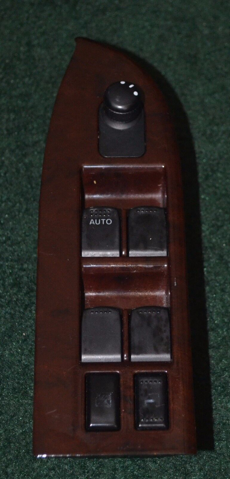 Used Suzuki Switches And Controls For Sale Page 5 2013 Grand Vitara Fuse Box 2006 Master Power Window Switch Bezel Wood Grain