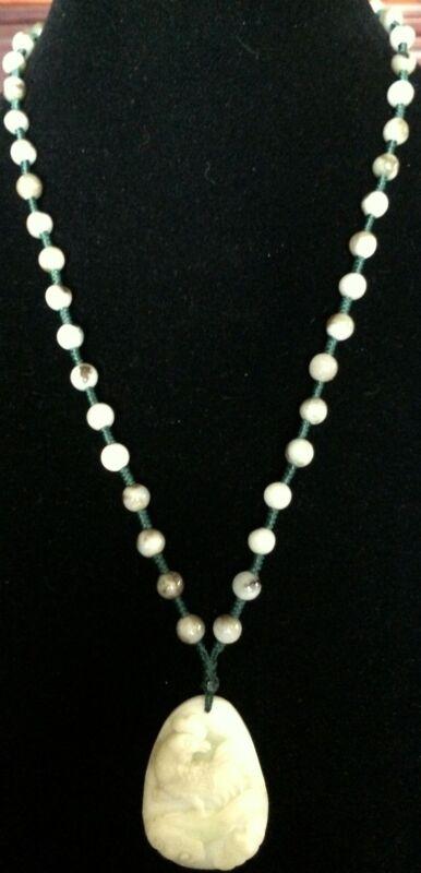 Natural Jadeite Untreated Light Celadon Green Jade Necklace (8112)