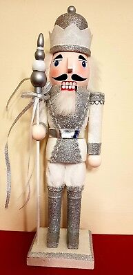 CHRISTMAS NUTCRACKER SOLDIER KING LARGE 36 CMS SPARKLY SILVER ON STAND BNWT