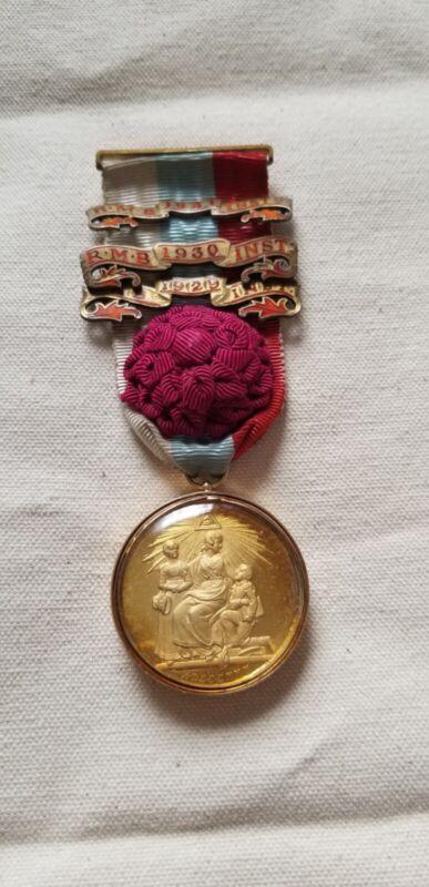 1929 15 Carat Gold and Glass Masonic Ribbon Pendant