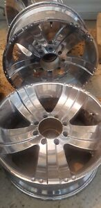 ****22 inch rims off an F350****
