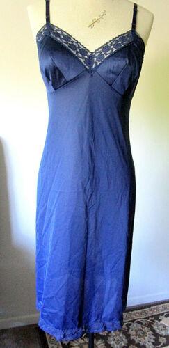 Vintage Vanity Fair ~ Navy Blue ~ Full Slip ~ Lovely Lace ~ Antron III Nylon 34L