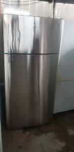 Fisher and Paykel 517L Refrigerator