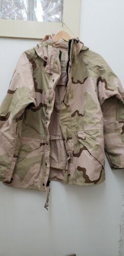 Military Issued 3 Color Desert Gortex Jacket-U-MR