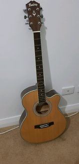 Monterey Acoustic Guitar Landsdale Wanneroo Area Preview