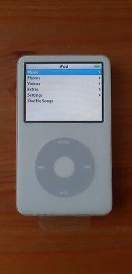 Apple iPod Classic 5th Generation White 30GB MA002FD BUNDLE.