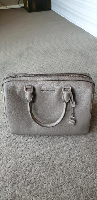 729860e0eb7a Michael Kors studio Mercer medium duffel color-cinder handbag ...