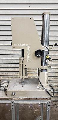 Sonics Materials Ultrasonic Welder Model 1098 W Controller Et1000