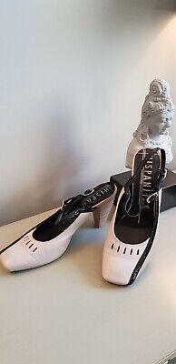 Hispanitas Beige & Black Leather Shoes size 4