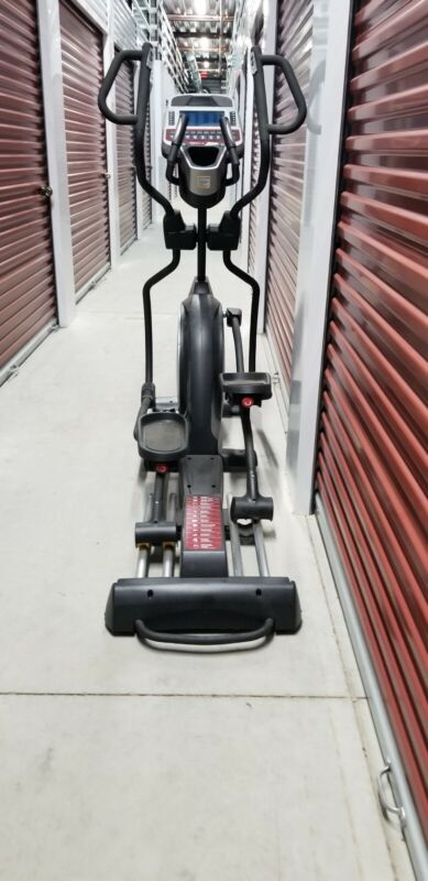 Sole E95 Elliptical exercise machine black - slightly used - power cord included