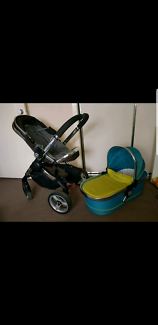 Icandy peach 2 with bassinet