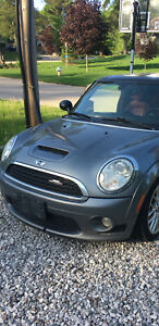 WANTED 2010 JCW FRONT BUMPER