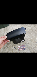 HOLDEN COMMODORE VY VZ FRONT CONSOLE FLIP LID COMPARTMENT BLACK Sandgate Newcastle Area Preview