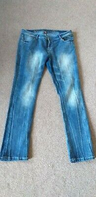 Ladies Apple Bottom Jeans Size 16