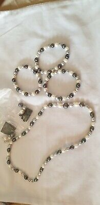 Honora freshwater pearl necklace, bracelets & drop earring set - Black and white