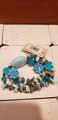 Multi-Colored  Beaded.  Turquoise  With Glass Accent Stretch Bracelet