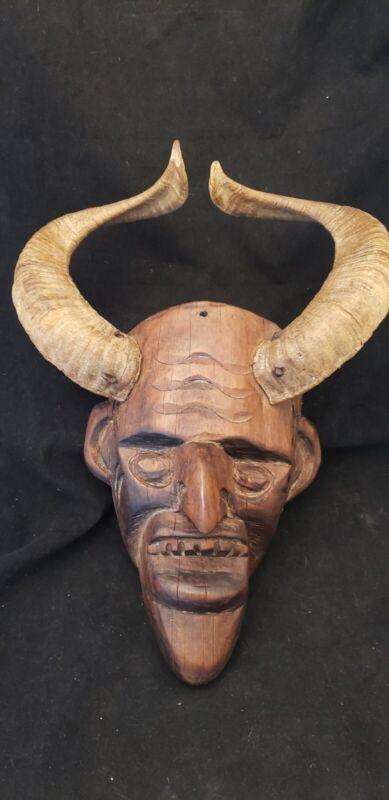 Vintage Wooden Hand Carved Devil Monster Death Mask Real Ram Horns *es