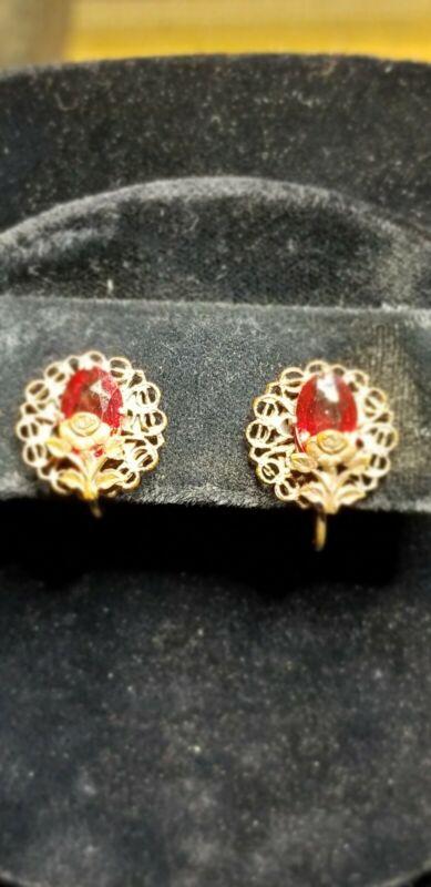 Victorian chzech glass rolled gold filigree flower screw back Earrings Estate
