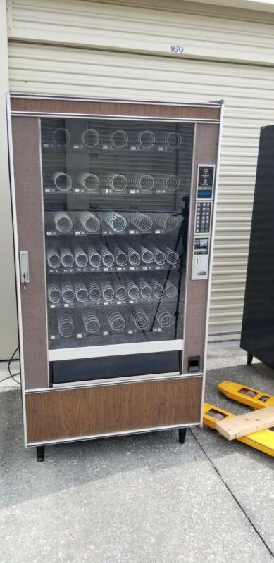 Snack Tron 2 Vending Machine