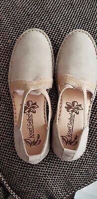 Genuine Josef Seibel Sofie 29  Sandals in size 36 UK 3