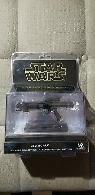 Master Replica Star Wars Stormtrooper Blaster .33 Scale Episode IV A New Hope - Star Wars Stormtrooper Blaster Replica