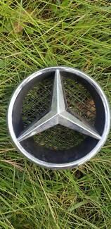 Mercedes-Benz Grille Star Housing Emblem Badge 2007- 2014 W204 Woodridge Logan Area Preview