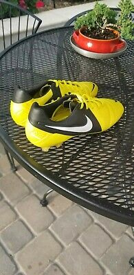 NIKE CTR360 MAESTRI III FG SOCCER CLEATS YELLOW/BLACK/WHITE SIZE 8.5 525166 710