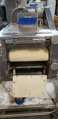 Moline Bread Moulder S-76 Great Condition H-r-34