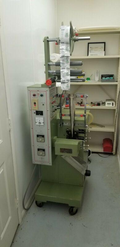 Vertical Form Fill Seal Machine (VFS VFFS Vertical Bagging Liquid)
