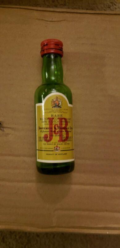 Vintage MINI Miniature Scotch Green RARE LABEL J&B  glass BOTTLE