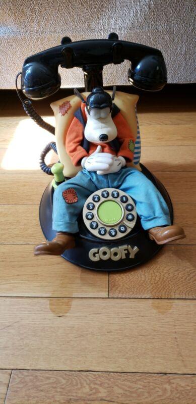 Vintage Walt Disney: Goofy Corded Talking Phone