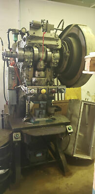Walsh Press Die Company Model 38 14 X 26.50 Table C-frame Stamping Press