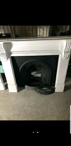 Cast Iron Vicorian fireplace