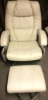 Euro Collection Feeding Glider Chair & Gliding Ottoman