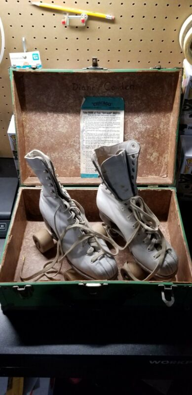 Vintage Chicago Hyde Leather Roller Skates White with box