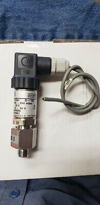 Wika S-10 Pressure Transmitter -250 To 250mbar 0-10vdc 12523951