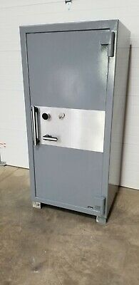 Amsec Safe Model Cf6528 Tl-30 Gun Jewelry Safe