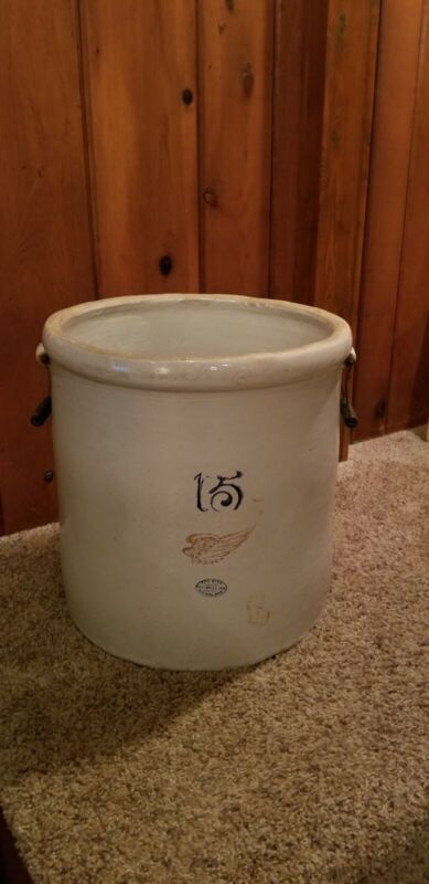 15 Gallon Red Wing Crock With Handles No Cracks.           (Northwest Wisconsin)