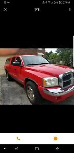 2005 dodge Dakota awd fully loaded