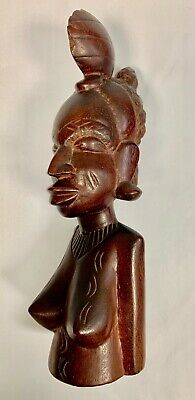 Pretty Statue African Wooden