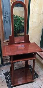 Hall stand / table $25 Rockingham Rockingham Area Preview