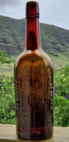 antique hawaiian whiskey W.C. PEACOCK & CO HONOLULU, H.I.  bottle. hawaii